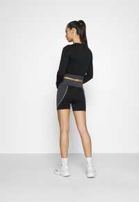 Missguided - SEAMLESS BOOTY - Shorts - black - 2