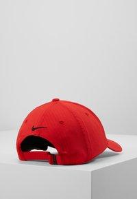 Nike Golf - TECH - Lippalakki - university red/anthracite/black - 3