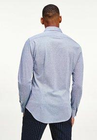 Tommy Hilfiger - SLIM FIT  - Formal shirt - colorado indigo - 1