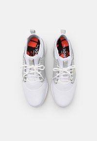 Puma Golf - IGNITE PWRADAPT CAGED CRAFTED - Golfové boty - white/high rise - 3