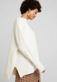 Culture - CUOLIVIA  - Stickad tröja - whitecap melange - 3