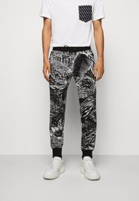 Paul Smith - GENTS JOGGER - Tracksuit bottoms - black - 0