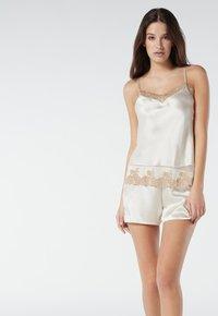 Intimissimi - PRETTY FLOWERS - Pyjama bottoms - elfenbein/ vanilla ivory/beige - 1