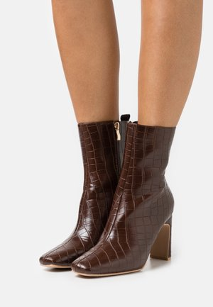 HURSTON - Bottines - chocolate