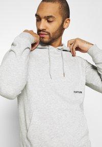 YOURTURN - UNISEX - Jersey con capucha - mottled light grey - 3
