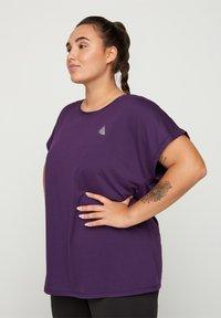 Active by Zizzi - Camiseta básica - purple - 0