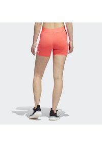 adidas Performance - ALPHASKIN SHORT TIGHTS - kurze Sporthose - pink - 1