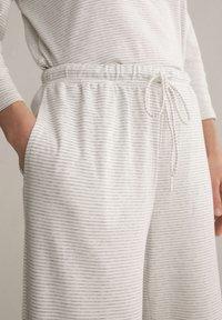 OYSHO - Pyjama bottoms - light grey - 4
