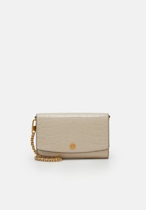 ROBINSON EMBOSSED CHAIN WALLET - Across body bag - jamaica sand