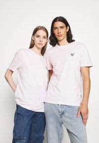 YOURTURN - UNISEX - Basic T-shirt - pink - 0
