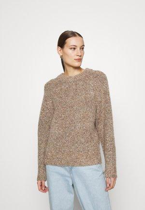 SLFBELL O NECK - Sweter - light sand