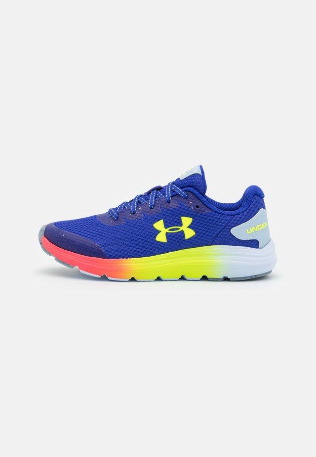 SURGE 2 SPLASH UNISEX - Chaussures de running neutres - ultra indigo