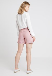 Esprit - Shorts - dark old pink - 2