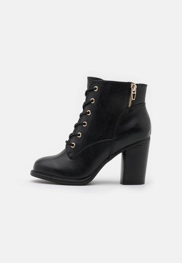 BIMNI - Šněrovací kotníkové boty - black