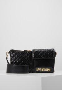 Love Moschino - Taška spříčným popruhem - black - 0