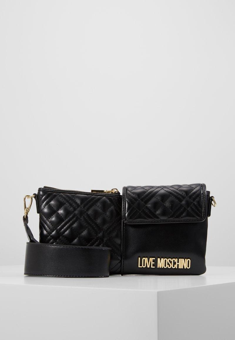 Love Moschino - Taška spříčným popruhem - black