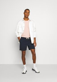 Hollister Co. - PULL ON  - Shorts - navy - 1