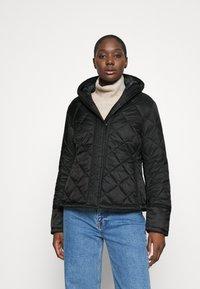 Hunter ORIGINAL - WOMENS REFINED QUILTED JACKET - Lehká bunda - black - 0