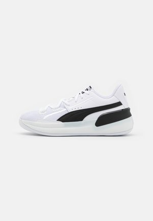 CLYDE HARDWOOD TEAM - Basketball shoes - white/black