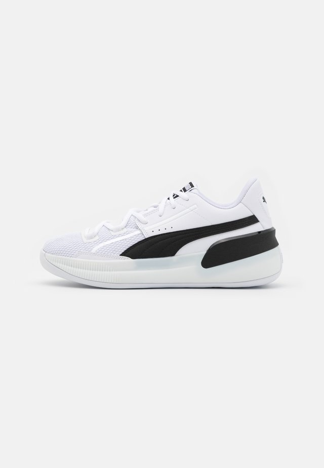 CLYDE HARDWOOD TEAM - Indoorskor - white/black