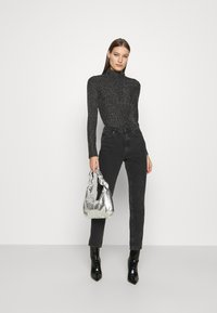 Who What Wear - RUCHED TURTLENECK - Long sleeved top - black - 1