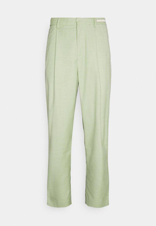 SEASONAL FIT LIGHTWEIGHT - Pantalon classique - green pearl melange