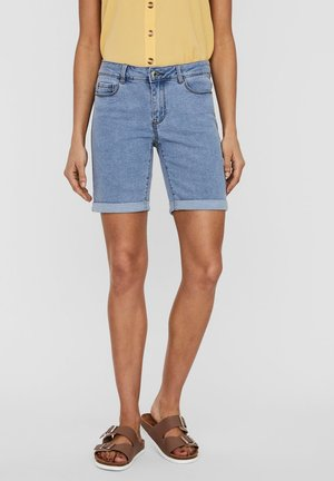 SHORTS VMSEVEN NORMAL WAIST - Denim shorts - light blue denim