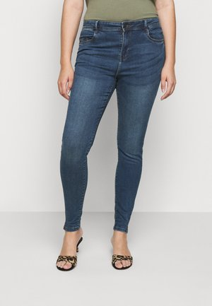 NMAGNES SLIT - Skinny džíny - medium blue denim