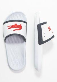 Lacoste - CROCO SLIDE  - Pool slides - white/navy/red - 3