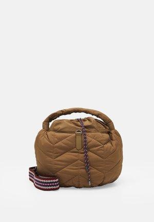 ALCIDE - Handbag - cammello
