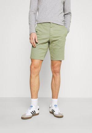 CHINO SHORT - Shorts - moss