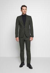 Viggo - GOTHENBURG SUIT SET - Kostym - khaki - 0
