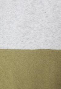 P.E Nation - OPPONENT - Sweatshirt - mottled light grey - 2