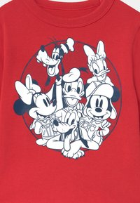 GAP - TODDLER BOY DISNEY MICKEY MOUSE & FRIENDS GRAPHIC - Longsleeve - modern red - 2