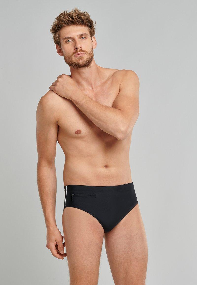 Schiesser - Swimming trunks - schwarz