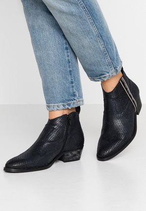 PINETOP - Ankle boots - black