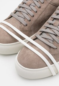s.Oliver - Trainers - light grey - 5