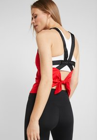 Nike Performance - CAPSULE ELASTIKA TANK  - Funktionströja - university red/metallic silver - 2