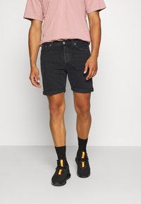 Nudie Jeans - JOSH - Denim shorts - black water - 0