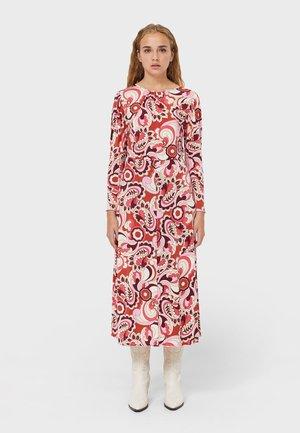 IM RETROLOOK - Maxi dress - light pink / red / beige