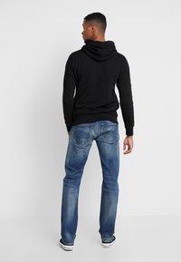 Replay - NEWBILL  - Straight leg jeans - medium blue - 2