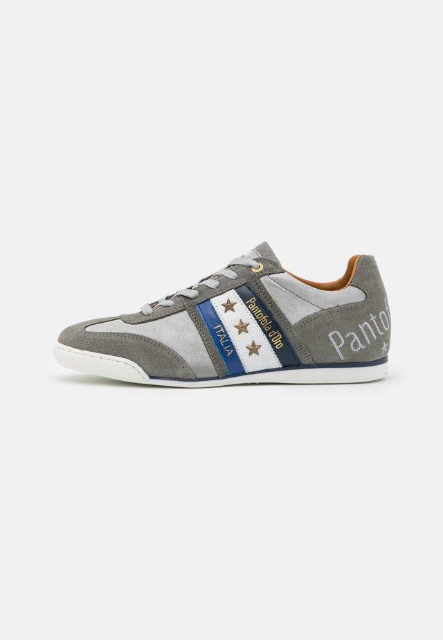 IMOLA UOMO - Sneakers basse - gray violet