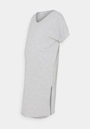 PCMNEORA FOLD UP DRESS - Žerzejové šaty - light grey melange