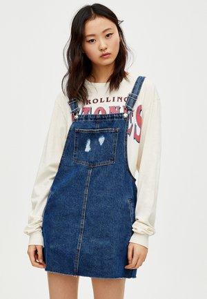 MIT TASCHEN - Denimové šaty - blue