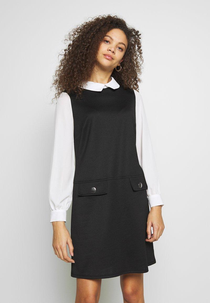Wallis Petite - PETITES PONTE POCKET DRESS - Shift dress - mono