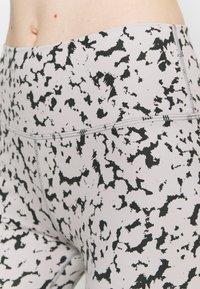 Varley - CENTURY LEGGING - Tights - grey - 4