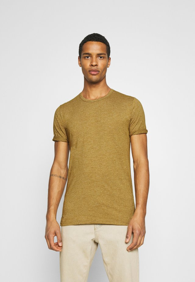 DELTA - T-shirt basic - dried tobacco