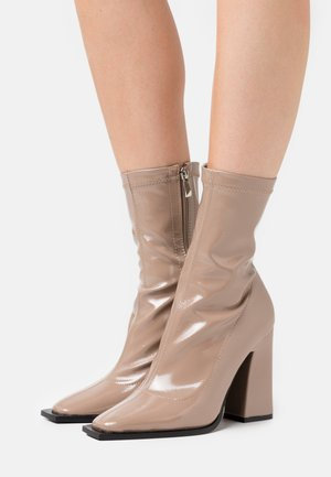 VALENCIA - High heeled ankle boots - taupe