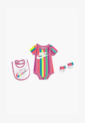 FUTURA SET - T-shirt z nadrukiem - magic flamingo