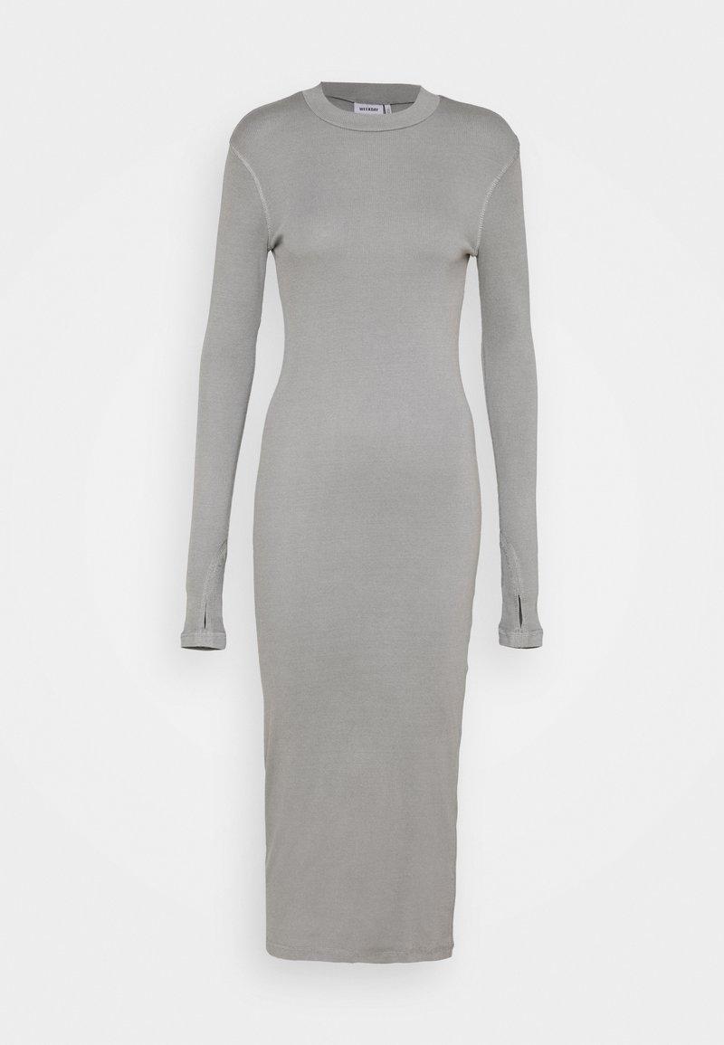 Weekday - ELLA DRESS - Strikket kjole - grey medium dusty